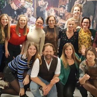 Een groep foodbloggers samen op de foto met Boska Holland